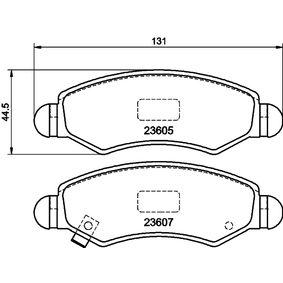 Bremsbelagsatz, Scheibenbremse Breite: 130,9mm, Höhe: 44,5mm, Dicke/Stärke: 15,5mm mit OEM-Nummer 55810 84E01 000