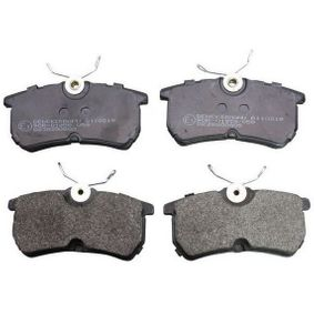 Brake Pad Set, disc brake Height: 42,6mm, Thickness: 13,9mm with OEM Number 1 107 698
