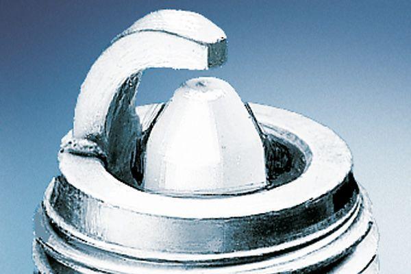BOSCH  0 242 229 722 Spark Plug Electrode Gap: 0,9mm