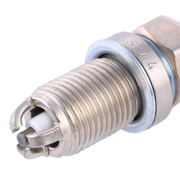 Spark Plug BOSCH 0242229799 4047024115477