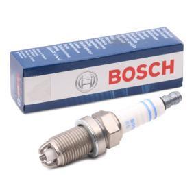 Spark Plug Electrode Gap: 0,9mm with OEM Number 99917019590