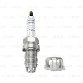 Spark Plug Electrode Gap: 0,8mm with OEM Number 46471078