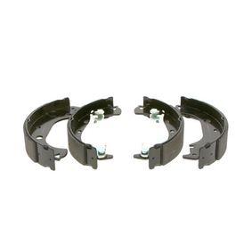 Bremsbackensatz Breite: 42mm mit OEM-Nummer 77362452