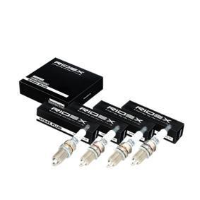 Spark Plug Electrode Gap: 0,9mm with OEM Number B695 18 110