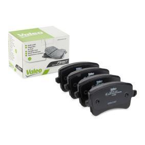 Bremsbelagsatz, Scheibenbremse Breite 1: 116,7mm, Höhe 1: 58,5mm, Dicke/Stärke 1: 17,3mm mit OEM-Nummer 8K0698451D