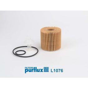Oil Filter Ø: 69mm, Inner Diameter: 28mm, Height: 68mm with OEM Number 041520V010