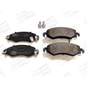 Bremsbelagsatz, Scheibenbremse Breite: 43mm, Dicke/Stärke: 15,5mm mit OEM-Nummer 55810-84E01-000