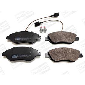 Bremsbelagsatz, Scheibenbremse Breite: 57,3mm, Dicke/Stärke: 18,4mm mit OEM-Nummer 773 651 88