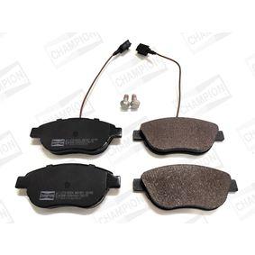 Bremsbelagsatz, Scheibenbremse Breite: 57,3mm, Dicke/Stärke: 18,4mm mit OEM-Nummer 71770118