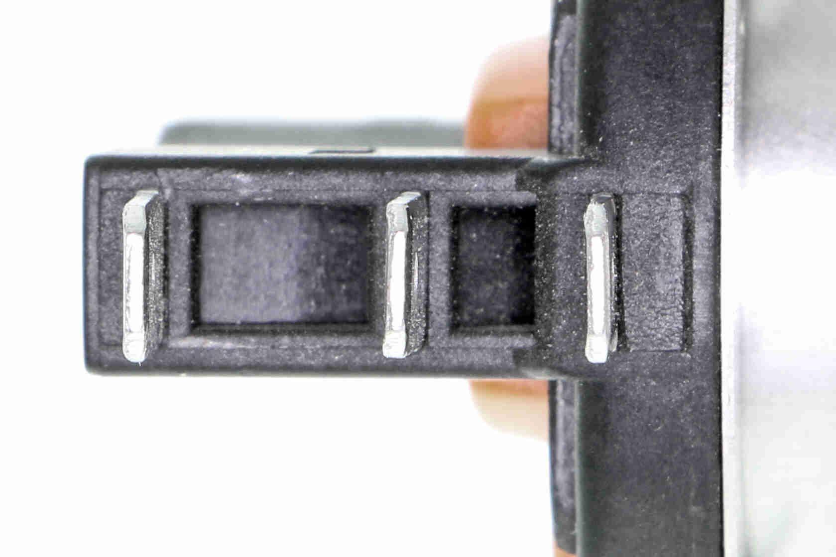 Bulb, spotlight VEMO V99-84-0082 rating