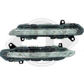Zestaw reflektorów do jazdy dziennej ZUB00104 MERCEDES-BENZ Klasa C Sedan (W204)