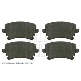 Bremsbelagsatz, Scheibenbremse Breite: 58,6mm, Dicke/Stärke 1: 17,5mm, 16,6mm mit OEM-Nummer 4B3 698 451A