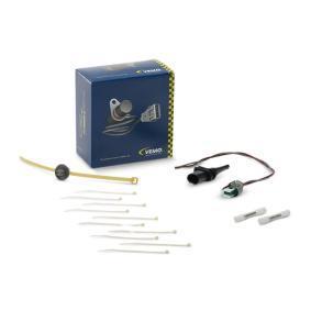 Sensor, Außentemperatur V20-72-0132 1 Schrägheck (E87) 118d 2.0 Bj 2011