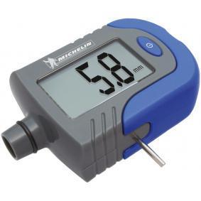 Tester / plnicka stlaceneho vzduchu v pneumatikach 009526