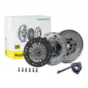 Clutch Kit with OEM Number 022 141 015 AA