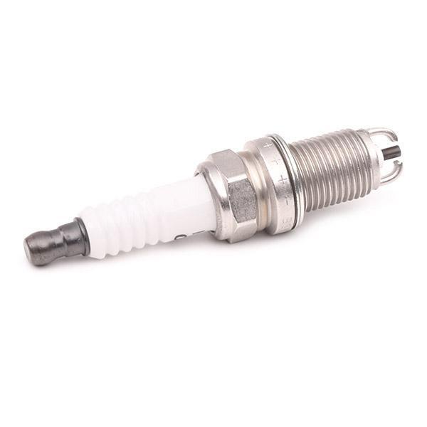 Запалителна свещ DENSO D99 оценка