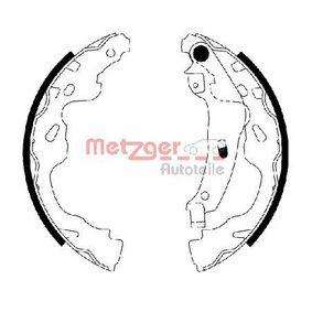 Bremsbackensatz Breite: 32mm mit OEM-Nummer 4242.16