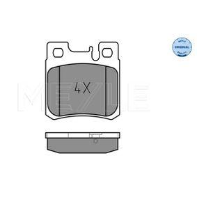 Bremsbelagsatz, Scheibenbremse Breite: 61,7mm, Höhe: 58,2mm, Dicke/Stärke: 15mm mit OEM-Nummer A00 542 01720