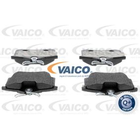 VAICO Bremsbelagsatz, Scheibenbremse V10-8168 für AUDI A6 (4B2, C5) 2.4 ab Baujahr 07.1998, 136 PS
