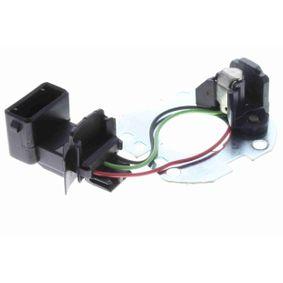 Sensore, Impulso d'accensione con OEM Numero 051 905 205 C