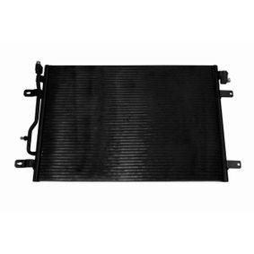 VEMO Kondensator, Klimaanlage V15-62-1010 für AUDI A4 Avant (8E5, B6) 3.0 quattro ab Baujahr 09.2001, 220 PS