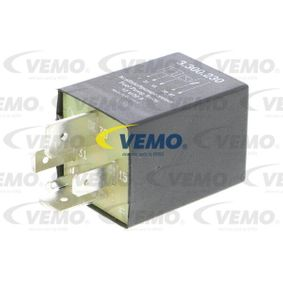 VEMO Relais, Kraftstoffpumpe V15-71-0014 für AUDI 100 (44, 44Q, C3) 1.8 ab Baujahr 02.1986, 88 PS