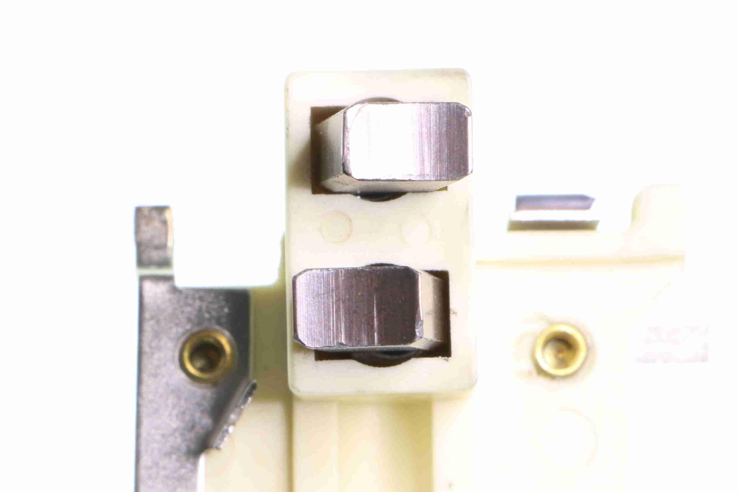 Regulador del alternador VEMO V30-77-0009 evaluación