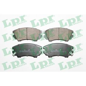 Brake Pad Set, disc brake Width: 142mm, Height: 66,7mm, Thickness: 19,1mm with OEM Number 16 05 265