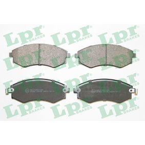 Bremsbelagsatz, Scheibenbremse Breite: 137mm, Höhe: 54,2mm, Dicke/Stärke: 17mm mit OEM-Nummer 5810138A00