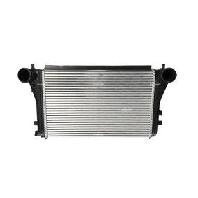 Ladeluftkühler für VW TOURAN (1T1, 1T2) 1.9 TDI 105 PS ab Baujahr 08.2003 NRF Ladeluftkühler (30454) für