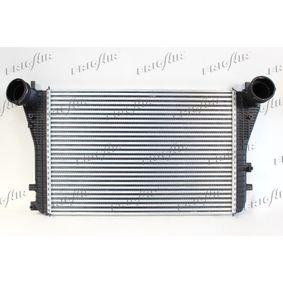 Ladeluftkühler für VW TOURAN (1T1, 1T2) 1.9 TDI 105 PS ab Baujahr 08.2003 FRIGAIR Ladeluftkühler (0710.3028) für