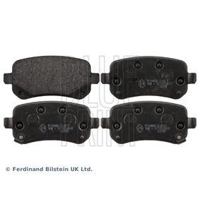 Bremsbelagsatz, Scheibenbremse Breite: 52,8mm, Dicke/Stärke 1: 16,8mm mit OEM-Nummer K68029887AA