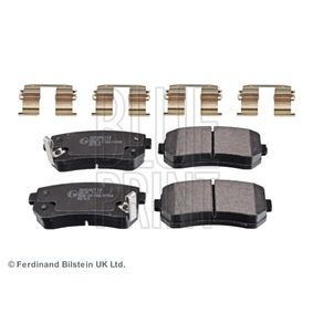 Brake Pad Set, disc brake Width: 41,0mm, Thickness 1: 15mm with OEM Number 583024WA10