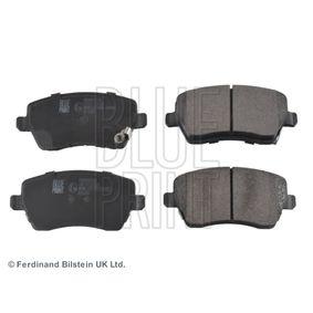 Brake Pad Set, disc brake Width: 52,6mm, Thickness 1: 16,6mm with OEM Number 5581062J31