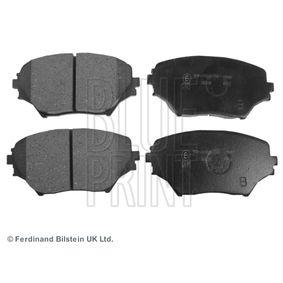 Bremsbelagsatz, Scheibenbremse Breite: 60,9mm, Dicke/Stärke 1: 17,3mm mit OEM-Nummer 04465-42130