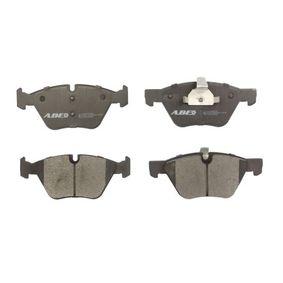 Brake Pad Set, disc brake C1B016ABE 3 Saloon (E90) 320d 2.0 MY 2009