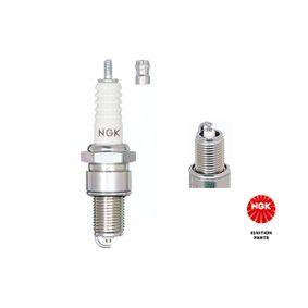 Spark Plug Article № 3355 £ 140,00