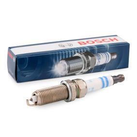 Spark Plug Electrode Gap: 0,7mm with OEM Number 2240100Q0G