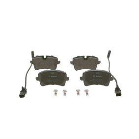 Bremsbelagsatz, Scheibenbremse Breite: 116,7mm, Höhe 1: 58,5mm, Höhe 2: 59,5mm, Dicke/Stärke: 17,3mm mit OEM-Nummer 4H0 698 451D