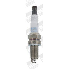 Spark Plug Electrode Gap: 0,8mm with OEM Number 55 24 98 68