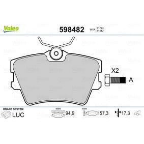 Bremsbelagsatz, Scheibenbremse Breite: 94,9mm, Höhe: 57mm, Dicke/Stärke: 17,3mm mit OEM-Nummer 7D0 698 451