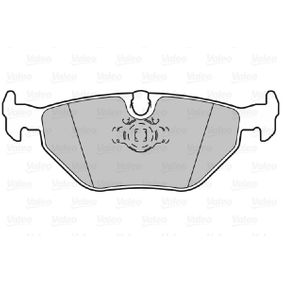 Bremsbelagsatz, Scheibenbremse Breite 1: 121,9mm, Breite 2: 123mm, Höhe 2: 44,97mm, Dicke/Stärke 2: 17,3mm mit OEM-Nummer 3421 6 761 281