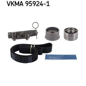 Juego de correas dentadas con OEM número MD 121993
