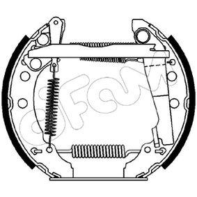 CIFAM Vermontierter kit 151-028 Bremsbackensatz Breite: 30mm