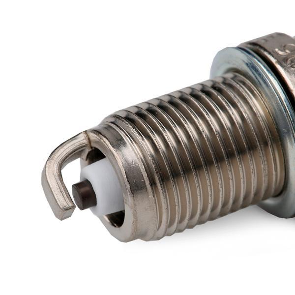 Spark Plug CHAMPION OE033/T10 expert knowledge