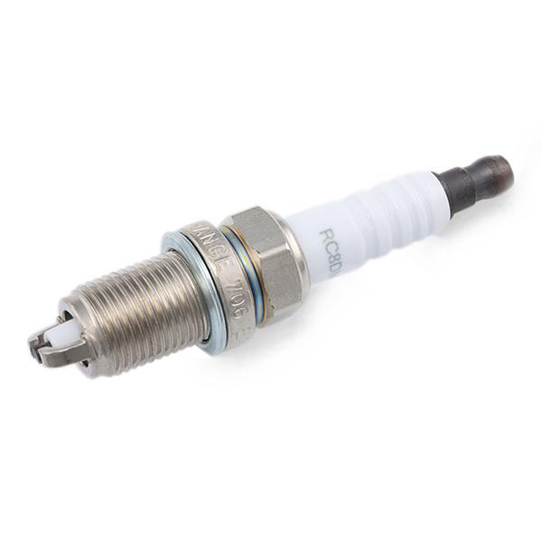 Spark Plug CHAMPION OE026 rating