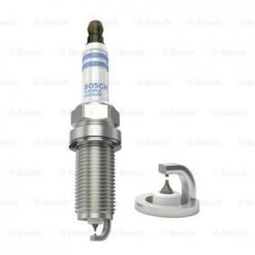 Spark Plug Electrode Gap: 0,7mm with OEM Number 9091901263