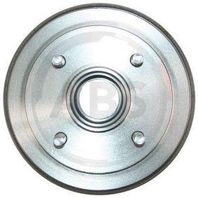 Bremstrommel Br.Tr.Durchmesser außen: 215mm, Felge: 4-loch mit OEM-Nummer MB242007