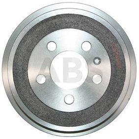Bremstrommel Br.Tr.Durchmesser außen: 240mm, Felge: 5-loch mit OEM-Nummer 6QE609617