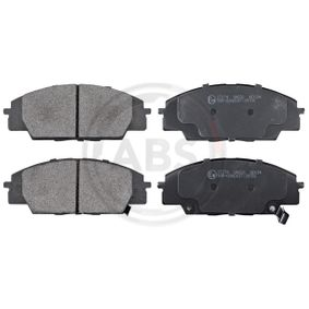 Brake Pad Set, disc brake Width 1: 135,3mm, Height 1: 52,5mm, Thickness 1: 17mm with OEM Number 45022-S2AE-50